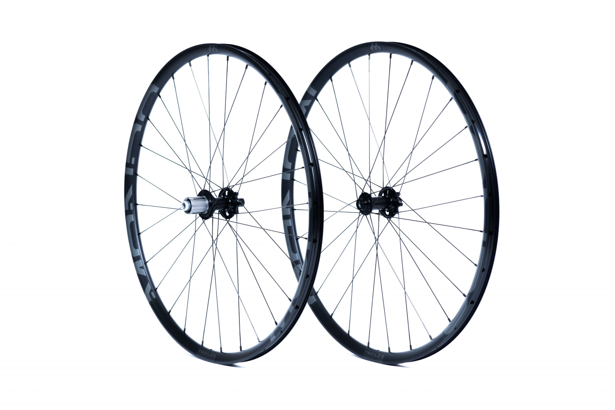 Mondo Trail25 wheels